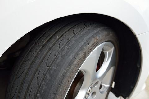polo-gti-tire11.jpg